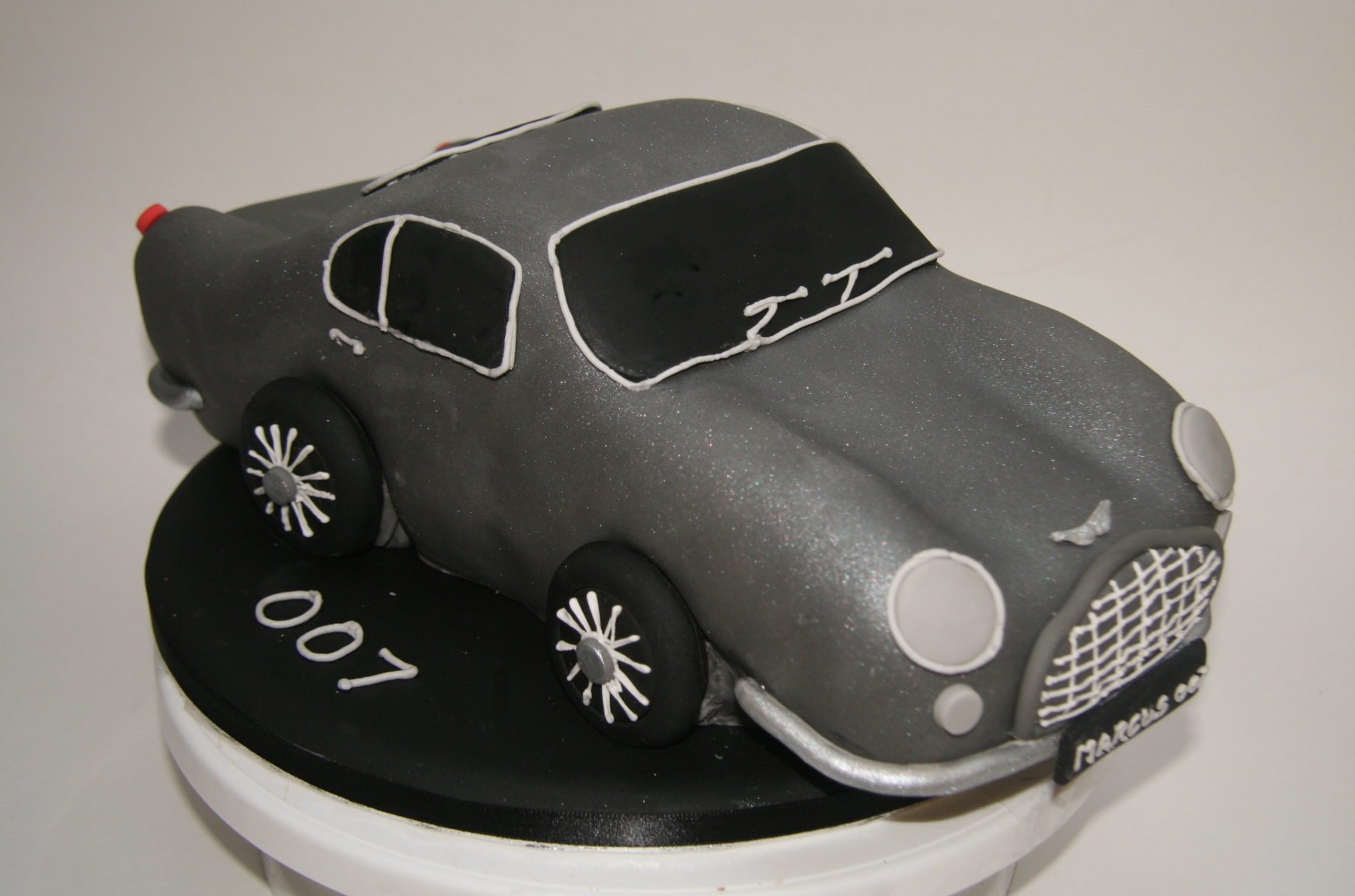 James Bond Cake Tin
