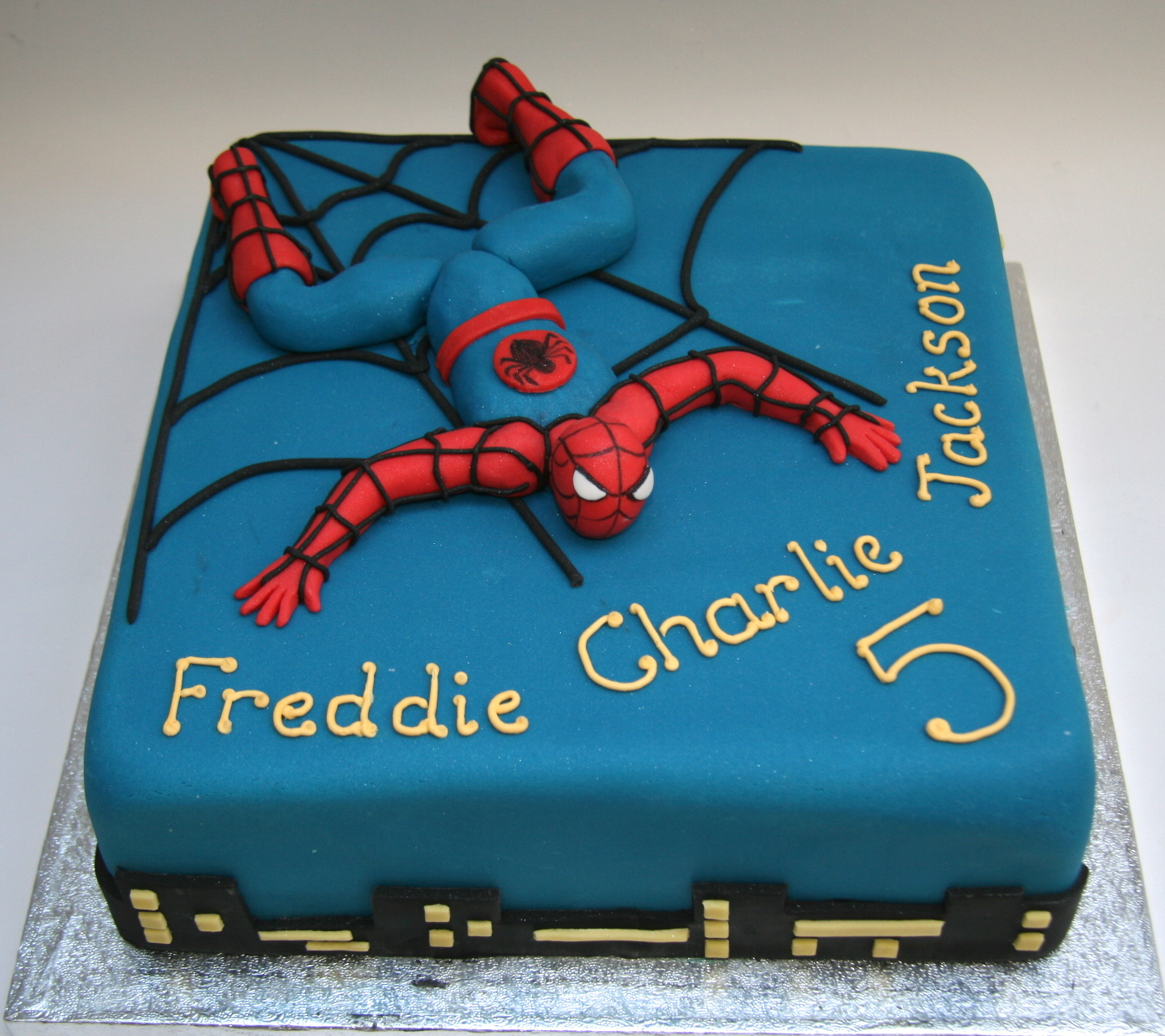 Birthday Cake Designs Spiderman : Spiderman cake Etoile Bakery