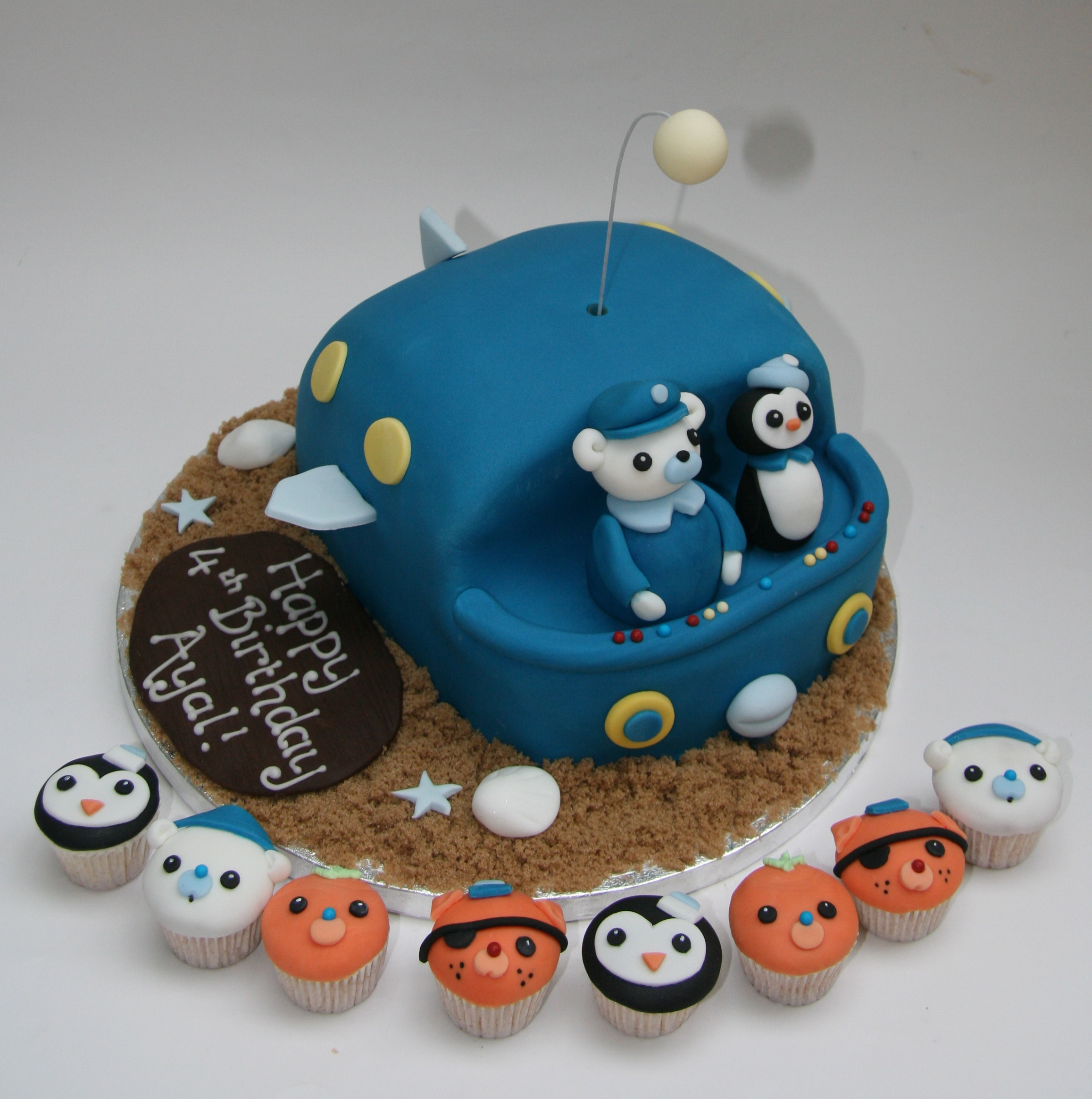 Octonauts Cake and Mini Cupcakes Etoile Bakery