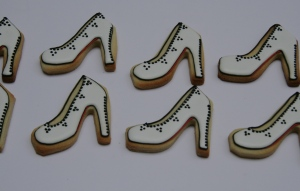 Stiletto biscuits