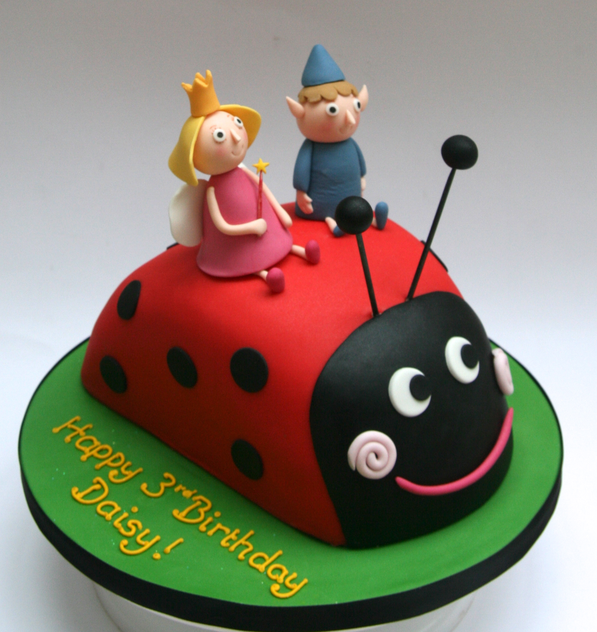 Ben and Holly Cake | Etoile  Ben and Holly C...