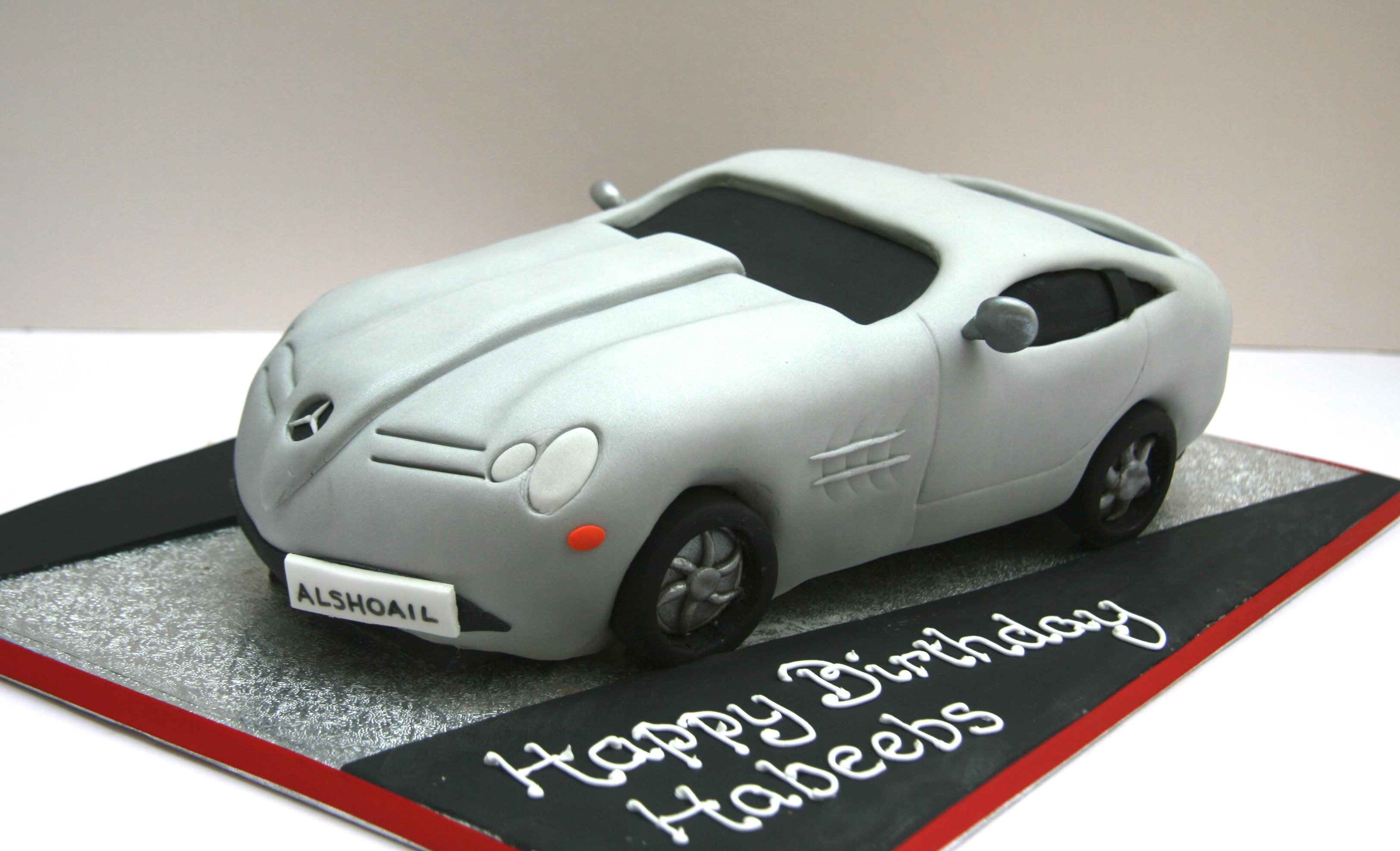 Mercedes sports car birthday cake london etoile bakery for Mercedes benz cake design