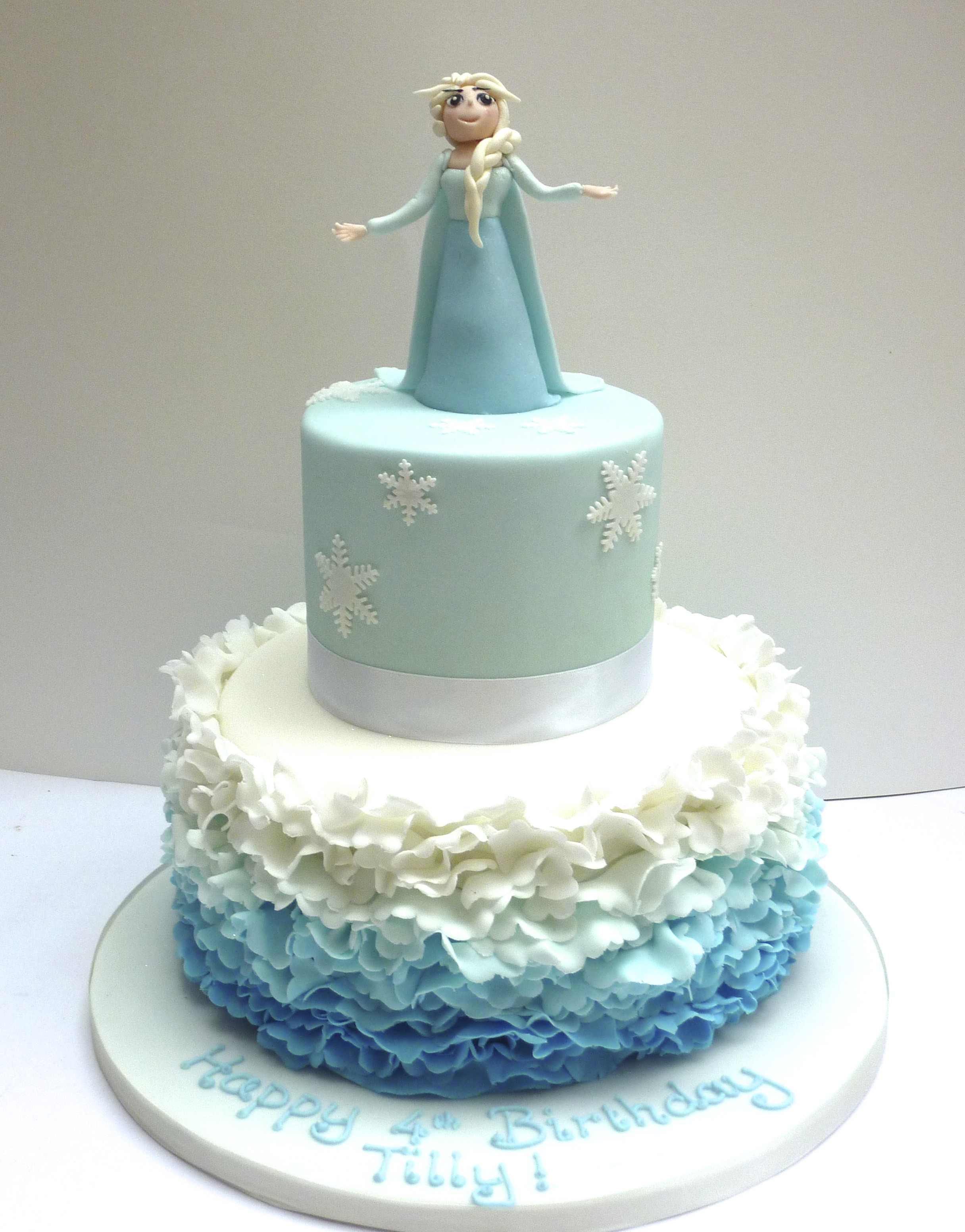 Frozen And Elsa Birthday Cake London Etoile Bakery