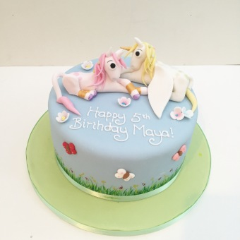 Flying Unicorn Cake